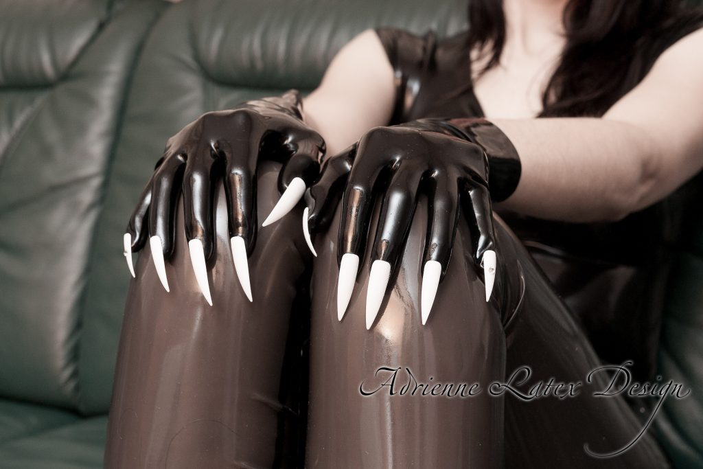 Gloves shop | Adrienne Latex Design - custom made fetish fashion